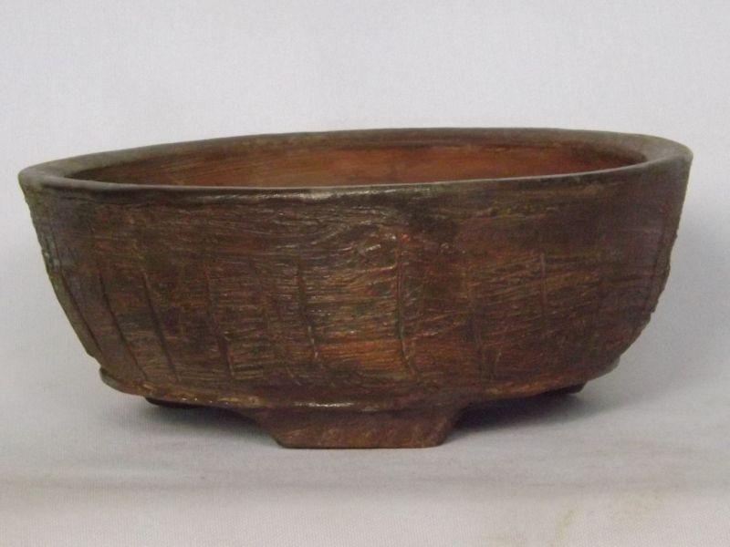 Cracked-Tree Bark pot